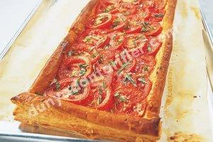 Domatesli ve Mozzarellalı Tart Tarifi